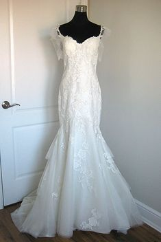 Sottero & Midgley Elizabeth, $925 Size: 8 | New (Un-Altered) Wedding Dresses