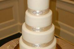 Infinity wedding cake