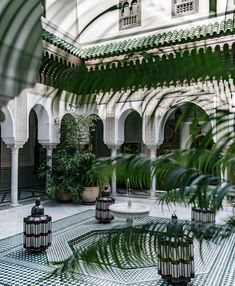 Does the thought of picking out a hotel for your next vacation give you anxiety? Mamounia Marrakech, Marrakech Morocco, Morocco Hotel, Visit Morocco, Elite Hotels, Best Hotels, Hotels Disney, Amazing Hotels, Gardens