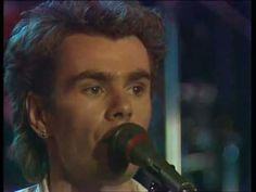 ▶ Nik Kershaw - Wouldn't it be good 1985 - YouTube