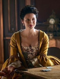 Caitriona Balfe as Claire Fraser in Outlander (TV Series, [x] Outlander Book Series, Outlander Tv Series, Claire Fraser, Diana Gabaldon, Costumes Outlander, Caitriona Balfe Outlander, John Bell, Female Fighter, Portraits