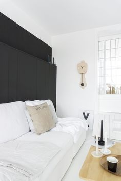 Combo Design is officieel dealer van KLOQ ✓ wandklokken collectie makkelijk te bestellen ✓Gratis verzenden (NL) ✓Altijd de scherpste prijs ✓ Bed, Furniture, Black, Design, Home Decor, Decoration Home, Stream Bed, Black People, Room Decor