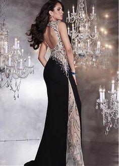 Elegant Tulle & Chiffon Queen Anne Neckline Sheath Evening Dresses With Rhinestones