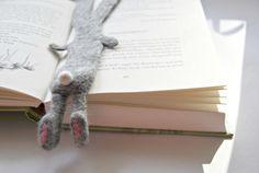 ...wenn der Osterhase zwischen den Zeilen liest... {Lesezeichen