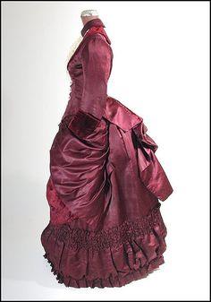 1880s dress, left side view
