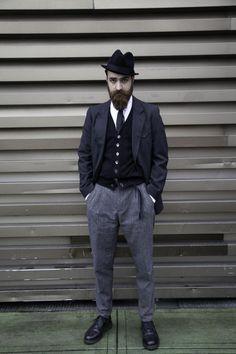 Pitti Uomo 85 (2014).  Matteo Gioli (Super Duper Hats).