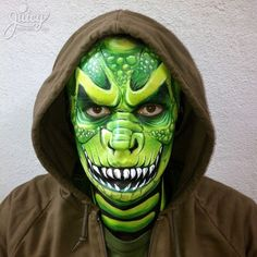 Green dragon. Fantasy makeup guaranteed to win you Best Costume at your next fancy dress party. From JuicyBodyArt.com - hens nights, parties, corporate event entertainment & team building  |  Art: Susanne Daoud