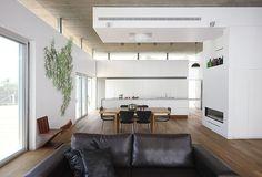 House A by Amitzi Architects