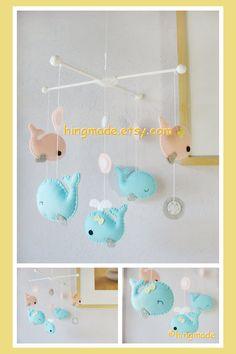 Hey, diesen tollen Etsy-Artikel fand ich bei http://www.etsy.com/listing/130487025/whale-mobile-baby-mobile-nursery-crib