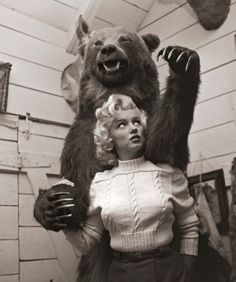 Marilyn Monroe with grizzly