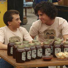 Axl & Brick team up to make their own BBQ sauce! Get another taste during an encore episode of #TheMiddle tonight at 8|7c on ABC!
