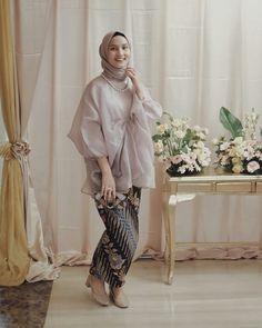 Zaskia Sungkar Batik Fashion In 2018 Pinterest Kebaya Model