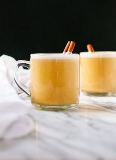 Pumpkin spice chai latte made with natural ingredients: pumpkin puree, almond milk, maple syrup and spices. This creamy treat clocks in at only 90 calories!
