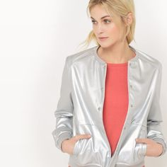 Enjoy effortlessly chic style with pretty blouses, tailored trousers, dresses & more from our collection of women's clothing at La Redoute. Parka, Tailored Trousers, Fashion Outfits, Blazer, Bomber Jacket, Clothes For Women, Coat, Pretty, Collection