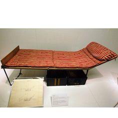 Louis Vuitton - A Louis Vuitton 1891 Explorer's Bed Trunk. Vintage Travel.