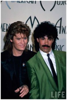 Musicians Daryl Hall and John Oates of musical duo Hall and Oates in Press Room at American Music Awards 1985 Music Icon, Soul Music, Music Is Life, 80s Music, John Oates, Daryl Hall, Hall & Oates, American Bandstand, Music Theater