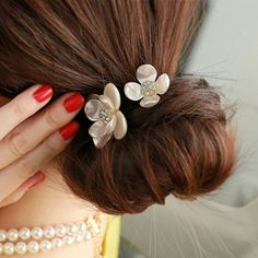 1Pc Hair Accessories New Design Girls Tiara Elastic Hair Rope Two Shell Flower Hair Bridal Wedding Beauty Makeup Tool