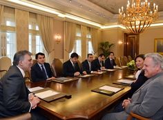 Apple Executives Meet with Turkish President to Discuss iPad Education Initiative Presidents, Ipads, Education, Students, Turkey, Vice President, Apples, Keyboard, Seal