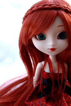 Aziel | Pullip Kirsche by Naeko.B, via Flickr  I love the red especially her hair
