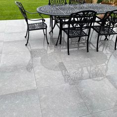 Bring a Mediterranean vibe to your outdoor spaces with our new Atlanta Grey outdoor porcelain slabs. With a soft grey tone and a fusion of concrete and limestone prints they will create a contemporary vibe - perfect for getting your outdoor spaces on-trend. Manufactured in a premium 20mm slab they're incredibly practical and hard-wearing and able to withstand anything the British climate can throw at them!