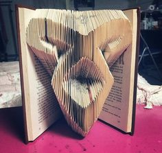 Angelic Rune ~ TMI The Mortal Instruments this is really cool.( I may even forgive them for what they did to the book :)