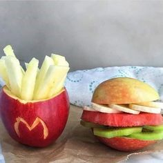 UrStoryZ- The post Diet Hamburger and Fries appeared first on UrStoryZ. Cute Food, Good Food, Yummy Food, Food Art For Kids, Healthy Snacks, Healthy Recipes, Eat Healthy, Food Carving, Food Decoration