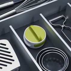 Perferct for gadget lovers...the Joseph Joseph Can-Do™ compact can opener, with an easy-twist handle.