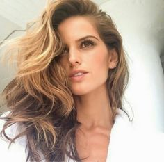 How to Chic: 11 BEAUTY STYLES BY IZABEL GOULART