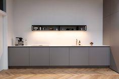 Außergewöhnliche Küche in der Farbe Fango mit mattem Dekor Küchen Design, Kitchen Inspiration