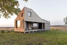 Passive House, Home Fashion, Shed, Outdoor Structures, Cabin, House Styles, Home Decor, Decoration Home, Room Decor