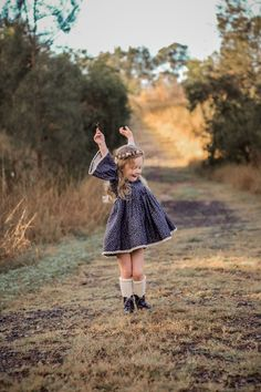 Australian Handmade Children's Clothes with A Vintage Twist. Stylish, Beautiful, and Timeless Pieces.
