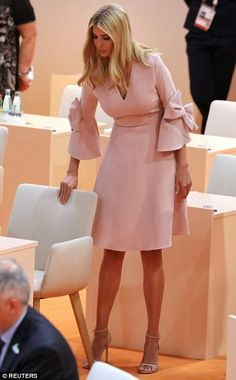 Ivanka Trump takes her seat at the beginning of the third working session of the meeting. Pale pink blush dress with bow detail on sleeves, high heels. Elegant Dresses, Beautiful Dresses, Nice Dresses, Casual Dresses, Short Dresses, Dress With Bow, I Dress, Dress Outfits, Fashion Outfits