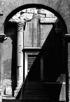 Portico d'Ottavia in the Roma ghetto.