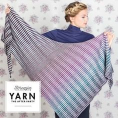 If you have heard of the famous knitted Read between the lines shawl but are a crocheter by heart, you'll be pleased to know that Tammy has now designed the 'Crochet between the lines shawl'!