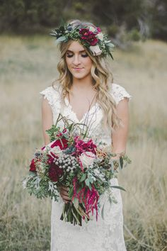 Trendy 2016 Styled Shoot - Petals and Promises Bridal with Jessica Ajeman Photography Cranberry Wedding Colors, Fall Wedding Colors, Burgundy Wedding, Bohemian Wedding Flowers, Flower Crown Wedding, Flower Crowns, Dirndl Outfit, Fall Wedding Hairstyles, Vintage Wedding Hair
