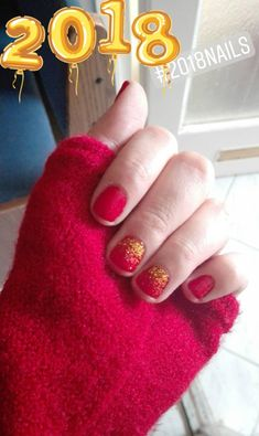 RedandGold nails