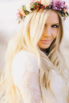 You searched for flower crown - Barefoot Blonde by Amber Fillerup Clark Bridal Beauty, Bridal Makeup, Bridal Hair, Wedding Makeup, Crown Hairstyles, Wedding Hairstyles, Corona Floral, Amber Fillerup, Wreaths