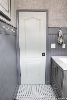 Strategy, tricks, and also resource for obtaining the greatest end result and also creating the max usage of Diy Master Bathroom Ideas Renovation Small Bathroom Renovations, Guest Bathrooms, Chic Bathrooms, Bathroom Design Small, Bathroom Ideas, Bathroom Designs, Bathroom Remodeling, Bathroom Showers, Downstairs Bathroom