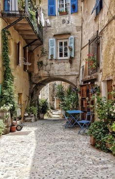 Coaraze, Provence-Alpes-Côte d'Azur, FranceCoaraze, Provence-Alpes-Côte d'Azur, FranceRestored House in France Oh The Places You'll Go, Places To Travel, Places To Visit, Beautiful World, Beautiful Places, Beautiful Streets, Vila Medieval, Ville France, Photos Voyages