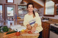Shania Twain cooking. LOVE IT. :)