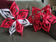 Easy 3D Paper Snowflakes craft for kids and adults