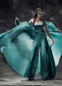 41d5bb844066 Οι 50 καλύτερες εικόνες του πίνακα Wedding Gowns - Βραδινό Φόρεμα ...