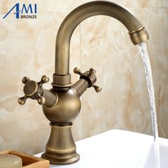 61.20$  Watch now - http://alid8o.worldwells.pw/go.php?t=32341083800 - Antique Brass Faucets Bathroom swivel Basin Brass Sink Faucet Crane Mixer Tap 9009A 61.20$