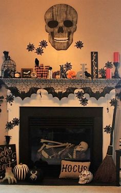 90 Halloween Mantel Decorating Ideas that will spruce up your Fireplace setting - Hike n Dip - - Need ideas to decorate your Halloween Mantel? Here are best Halloween Mantel Decorating Ideas that will give your Halloweeen decoration a new dimension. Halloween Fireplace, Casa Halloween, Fireplace Set, Halloween Home Decor, Outdoor Halloween, Diy Halloween Decorations, Holidays Halloween, Halloween Crafts, Halloween Prop