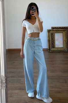 Indie Outfits, Teen Fashion Outfits, Cute Casual Outfits, Retro Outfits, Cute Fashion, Look Fashion, Vintage Outfits, Girl Outfits, Jeans Fashion