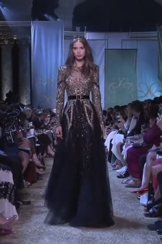 Stunning Golden Embroidered Black A-Lane Evening Maxi Dress / Evening Gown with Long Sleeves and Open Back Illusion. Runway Show by Elie Saab Award Show Dresses, Gala Dresses, Event Dresses, Elle Saab Dresses, Club Dresses, Elie Saab Couture, Haute Couture Dresses, Couture Fashion, Runway Fashion