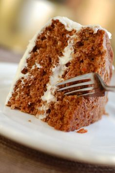 When I say dessert comes first, I mean it! And with Easter just around the corner, I figured well, how about we share the best ever carrot cake recipe (ever!)? Moist and delicious, with lots of tex...