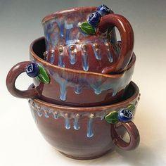 That drip! Via @sarahbeth_pottery