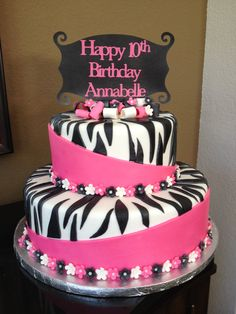 Happy 10th Birthday cake...Ashley would love this!