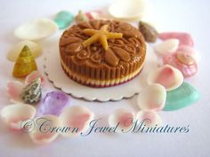 Crown Jewel Miniatures Seashell Cake Collection